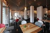 restaurant-innen_5408_large_165-110
